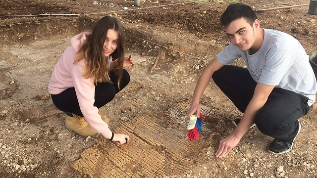 High school students discovered a 1,600 year old kiln in the western Galilee (Photo: Courtesy)