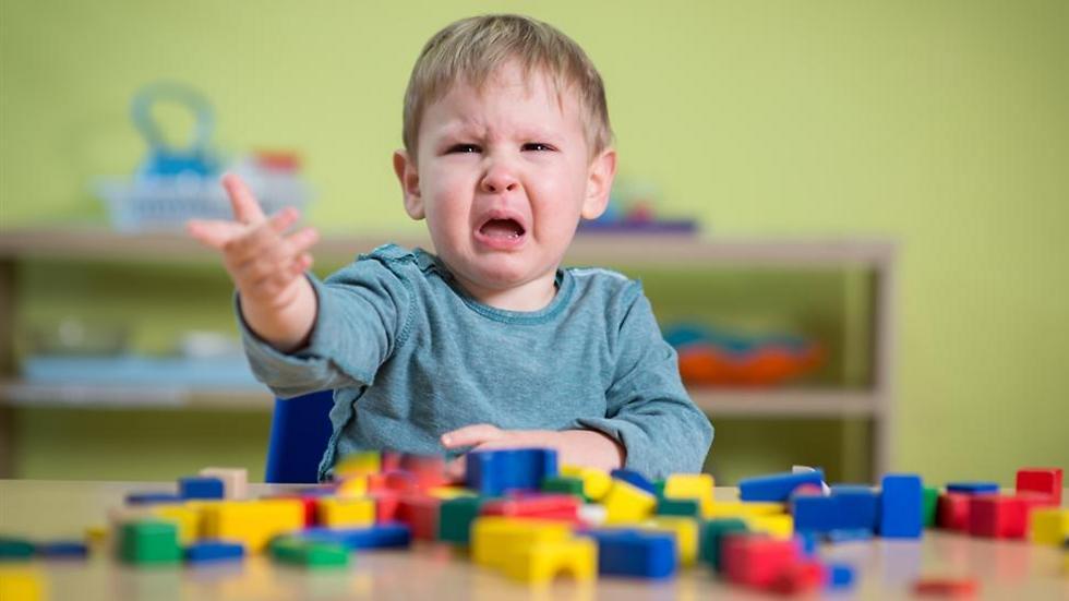 בדקו מה מצבו הכללי של הילד (צילום: shutterstock) (צילום: shutterstock)