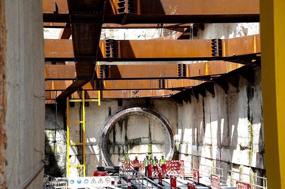 The segment of the light rail construction next to the Israel Diamond Exchange (Photo: Motti Kimchi)