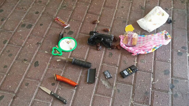 Other weapons found at Abu Hassan's possession (Photo: Police Spokesman)