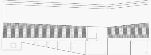 שרטוט החזית הצפונית, הפונה אל הרחוב. היא ניצבת על עמודים, כך שאור טבעי נכנס אל קומת המרתף (תוכניות: פיצו קדם אדריכלים)