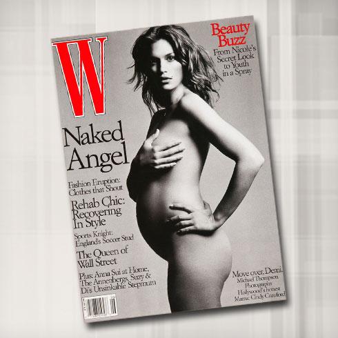 אחרי השחקנית דמי מור, קרופורד היא הטופ מודל הראשונה שהצטלמה בעירום מלא בהיריון עם בנה הבכור פרסלי. היום גם הוא כבר דוגמן