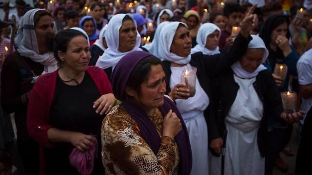 IsraAID assists Yazidi refugees in Greece (Photo: IsraAID)