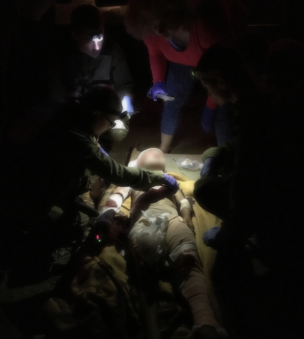 Wounded Syrians being evacuated to Israel (Photo: IDF Spokesperson's Unit)