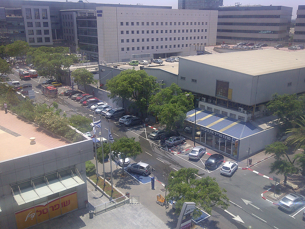 אזור התעשייה בהרצליה פיתוח (מערב העיר). תוכנית אסטרטגית לעירוב שימושים (צילום: יגאל גוילי) (צילום: יגאל גוילי)