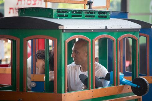 יש גם רכבת (צילום: דור נבו)