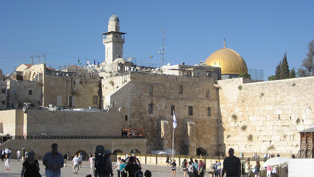 The Western Wall. Part of PA visit or Israel visit? (Photo: Ziv Reinstein)