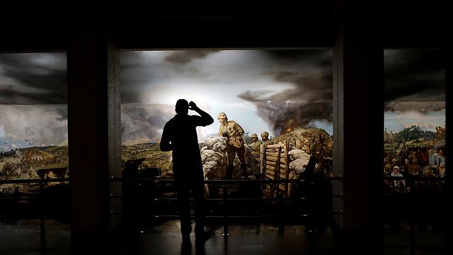 ציור של אטאטורק בשדה הקרב, אנקרה (צילום: רויטרס) (צילום: רויטרס)