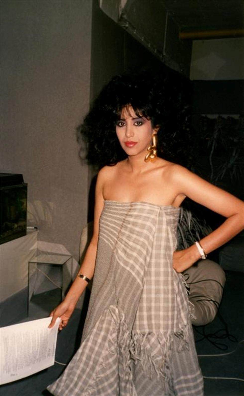 סט צילומים לקמפיין אופנה גרמני. 1986 (מתוך אוסף יאיר חזה) (מתוך אוסף יאיר חזה)