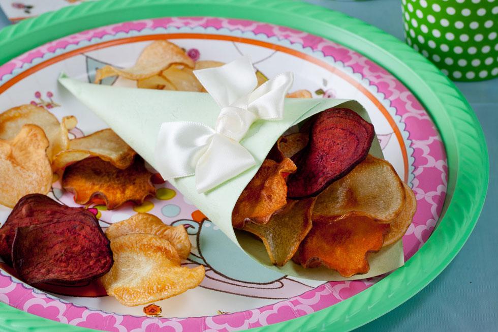 צ'יפס ירקות קראנצ'י אפוי בתנור (צילום: בועז לביא, סגנון: קרן ברק)