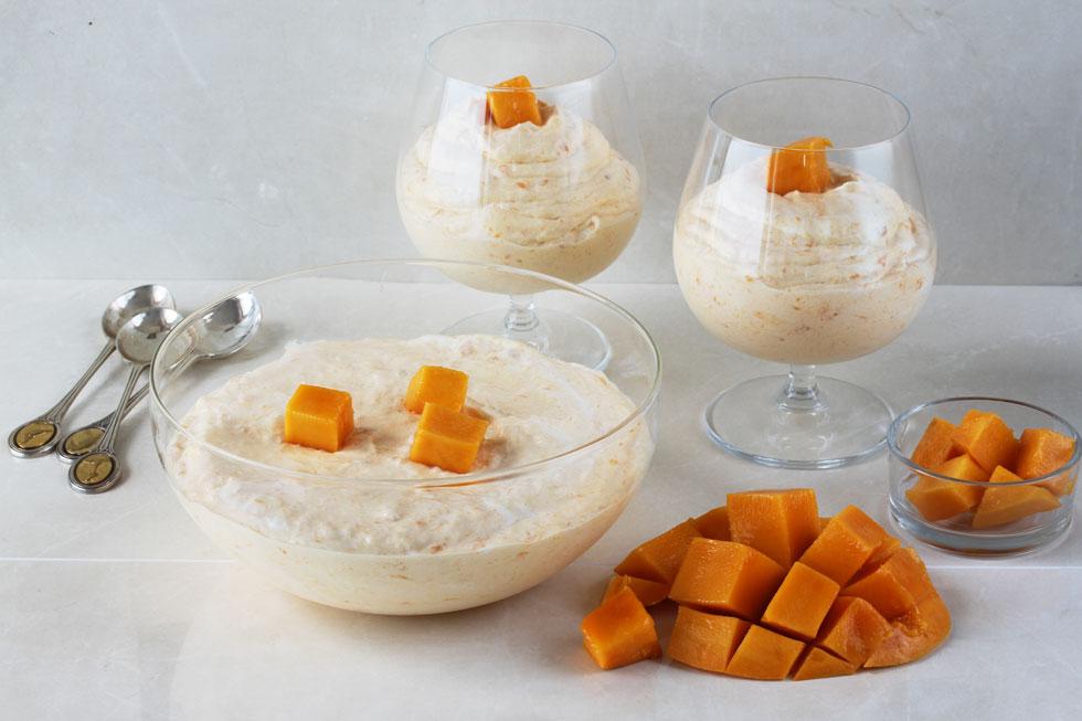 גלידת מנגו ביתית (צילום, סגנון והכנה: אסנת לסטר)