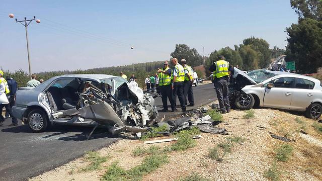 תאונה בכביש 66. הקטל נמשך  (צילום: גיל נחושתן) (צילום: גיל נחושתן)