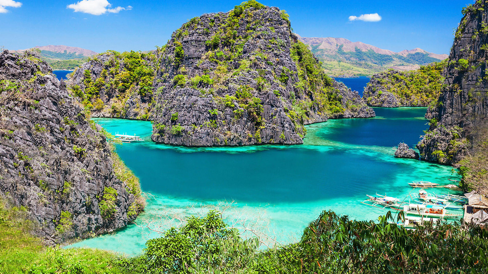 חופים קסומים בפיליפינים ()