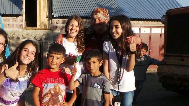 בארמניה הם ראו ילדים שחיים בפשטות מוחלטת (צילום: משה גלנץ)
