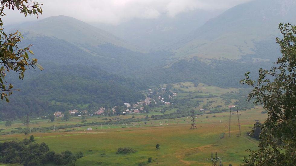 נוף טיפוסי בארמניה (צילום: משה גלנץ)