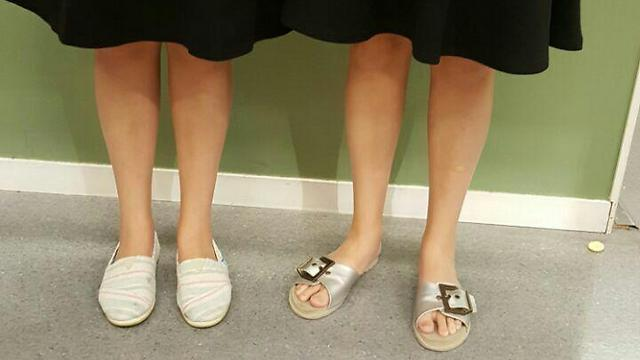Ulpanit Jeshurun students with now-unacceptable skirt lengths