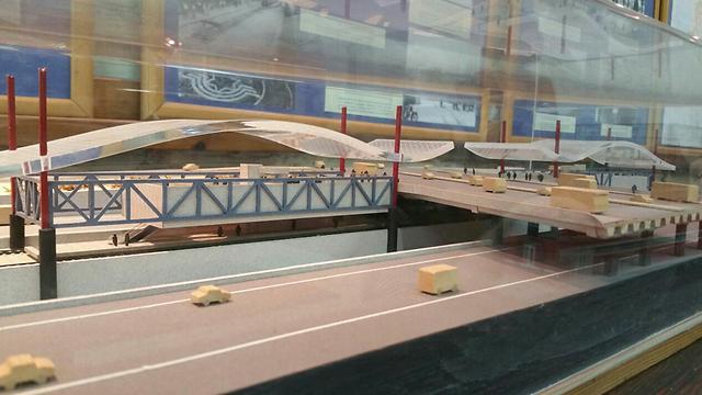 Model of Hashalom station upgrades (Photo: Ari Goshen) (Photo: Ari Goshen)