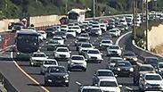 זוחלים באיילון: חצי מיליון נוהגים ב-19 קמ