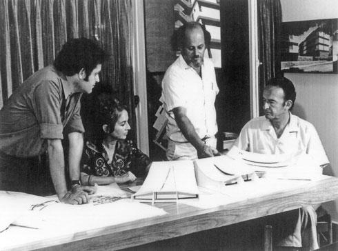 צוות המשרד. 65 שנות עבודה (באדיבות נדלר, נדלר, ביקסון, גיל אדריכלים)