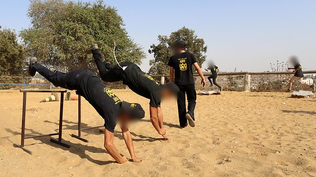 Fitness training (Photo: Amit Shabi)