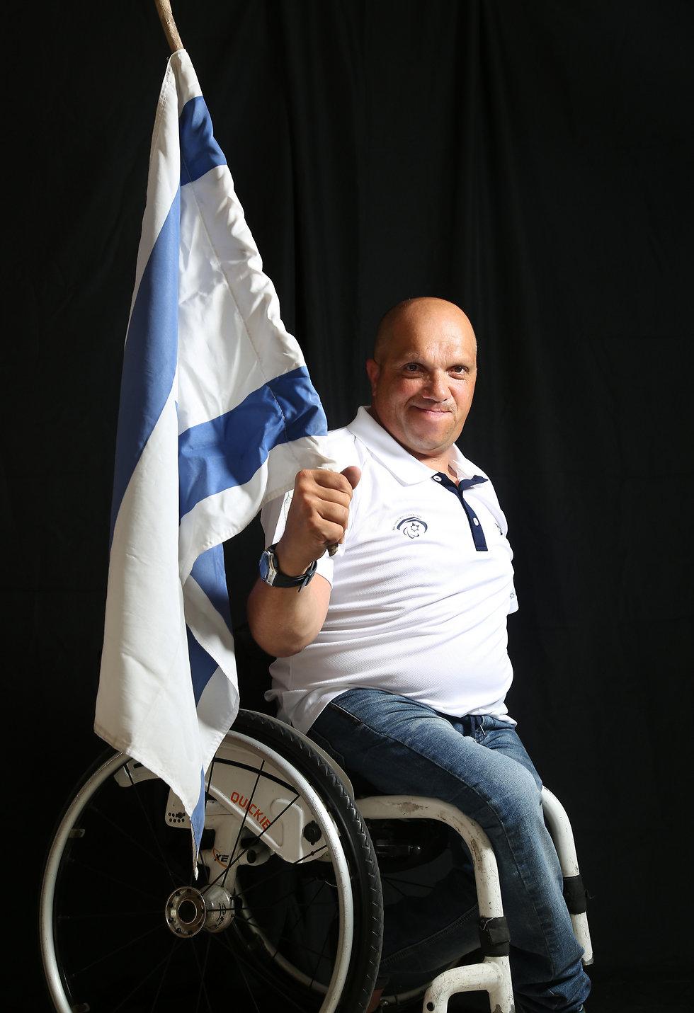 הניף את דגל ישראל בריו וממשיך לחבוט. ויינברג (צילום: ריאן פרויס) (צילום: ריאן פרויס)
