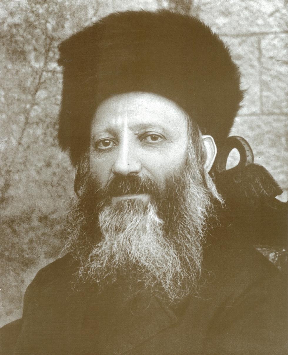 איש אשכולות מהבולטים בתולדות העם היהודי. הרב קוק (באדיבות בית הרב)