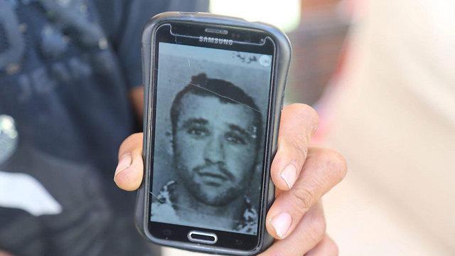 מוחמד דוואבשה, נעדר מאז קריסת החניון (צילום: מוטי קמחי) (צילום: מוטי קמחי)