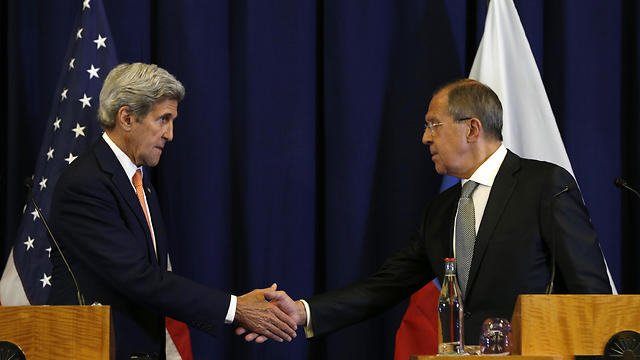 US Sec. of Defense John Kerry and Russian FM Sergei Lavrov (Photo: AP)