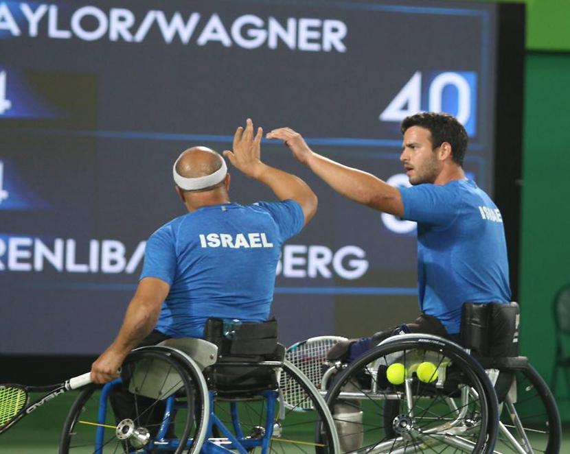ויינברג וארנליב. עדיין יכולים לזכות במדליה (צילום: קרן איזיקסון)