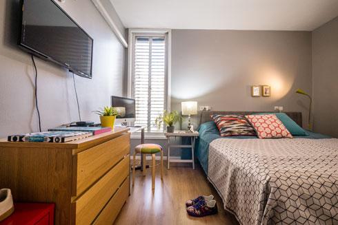 חדר השינה של בני הזוג (צילום: איתי סיקולסקי)