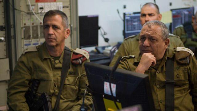 Eisenkot with Major-General Aviv Kochavi, who will become his deputy in May (Photo: IDF Spokesperson's Unit)