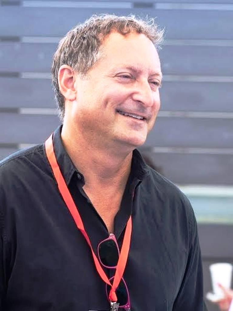 דניאל בירנבאום ()
