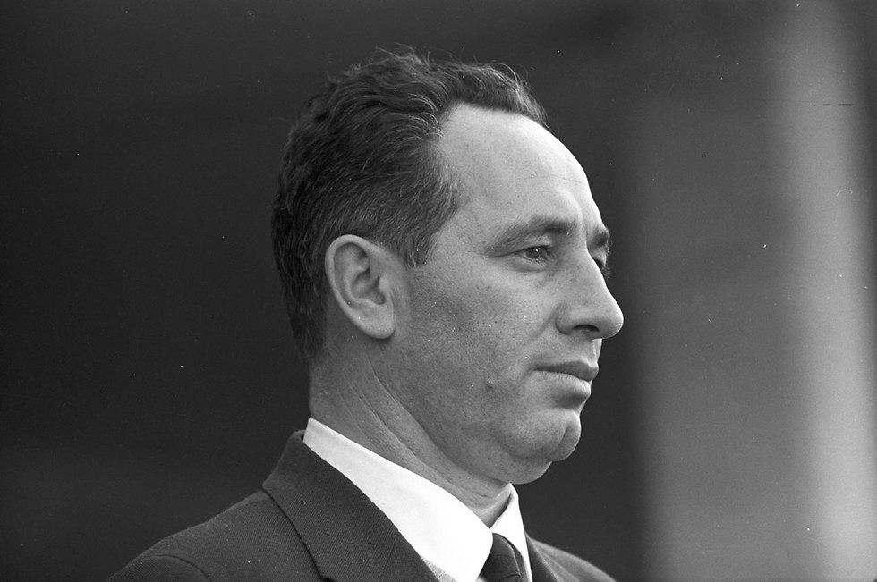 Peres in 1961 (Photo: David Rubinger)