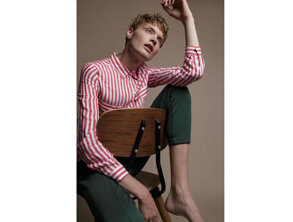 חולצה ומכנסיים - זארה (צילום: דניאל קמינסקי)