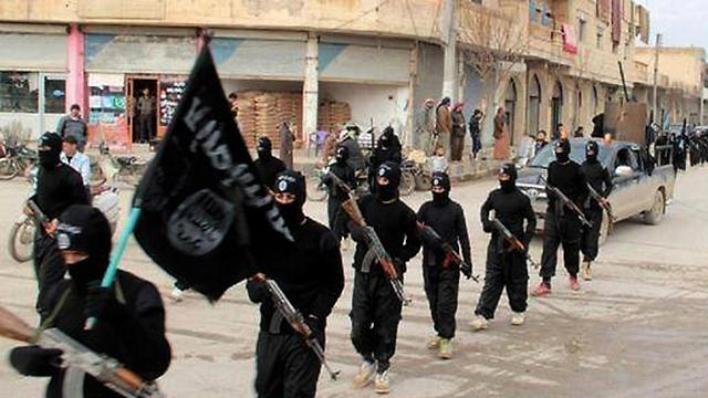 ISIS fighters in Mosul (Photo: AP/File)