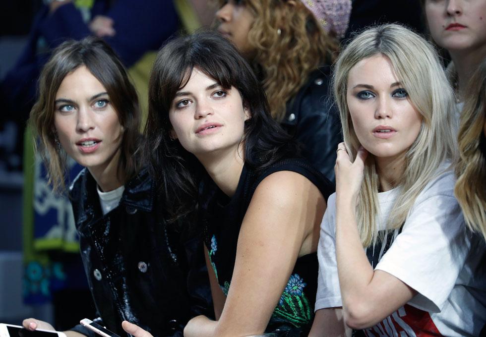 שבוע האופנה הוא מגרש המשחקים של האיט גירלס הלונדוניות. קארה רוז מרשל, פיקסי גלדוף ואלכסה צ'אנג (צילום: Gettyimages)