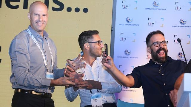 שי ברמלי ואורי דרור הזוכים בשנה שעברה במקום הראשון עם הפורמט play date  (צילום: פרי אפלבוים)