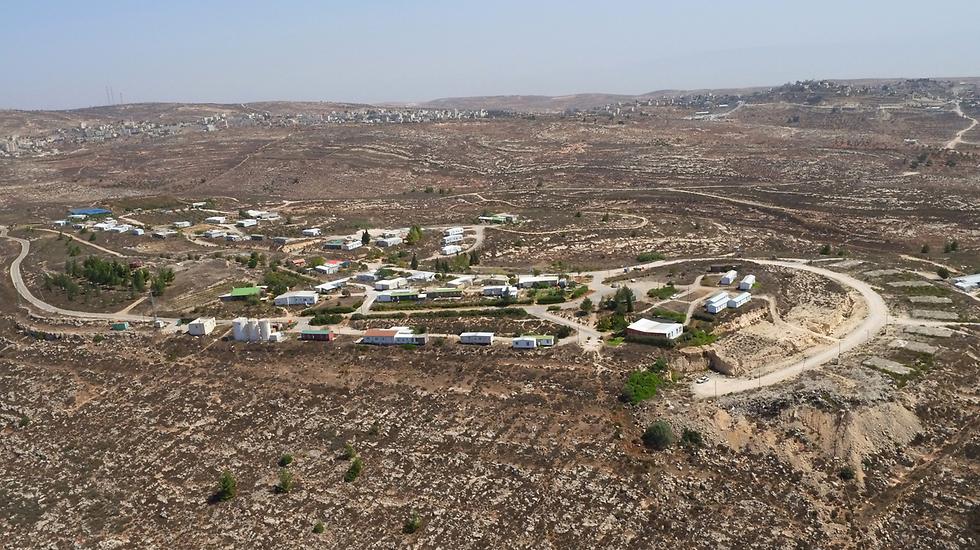 מאחז עמונה. על קרקע פלסטינית פרטית (צילום: תומריקו) (צילום: תומריקו)