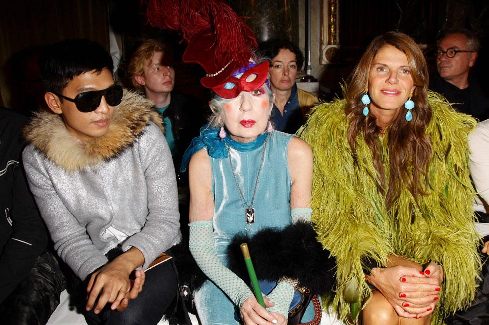 רוחה עדיין שורה על שבוע האופנה. עורכת האופנה המנוחה אנה פיאג'י (צילום: Gettyimages)