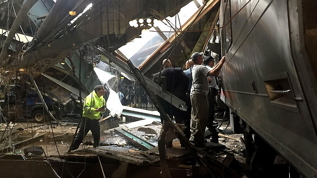 The train that crashed (Photo: AFP)