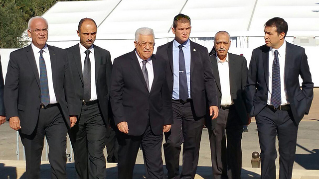 Palestinian President Abbas leading the PA delegation to the funeral (Photo: Idan Arbelly)