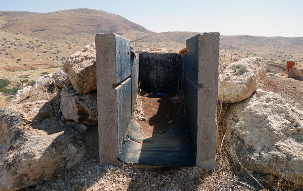 כל טירון בצנחנים עד אמצע שנות ה-90 מכיר את חמאם אל-מליח בבקעת הירדן. הבסיס ננטש כתוצאה מהסכמי אוסלו (צילום: מיכאל יעקובסון)