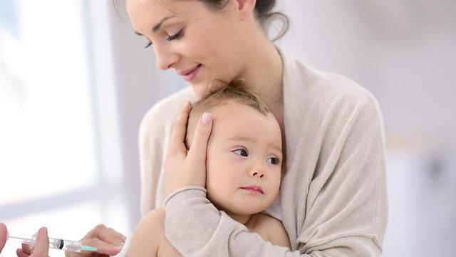 חיסון נגד חצבת. מוסיפים עוד אחד לתינוקות (צילום: shutterstock)