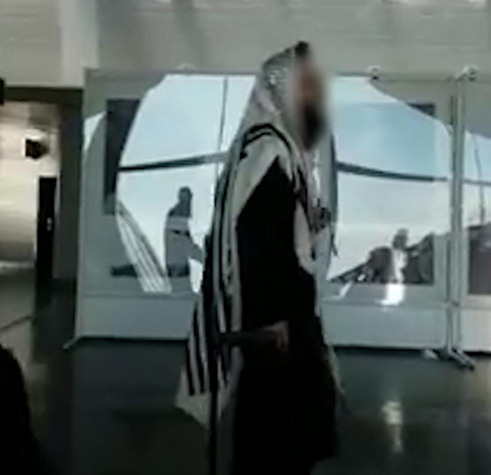 ישראלים בשדה התעופה באוקראינה (באדיבות דיווח ראשוני בפייסבוק)