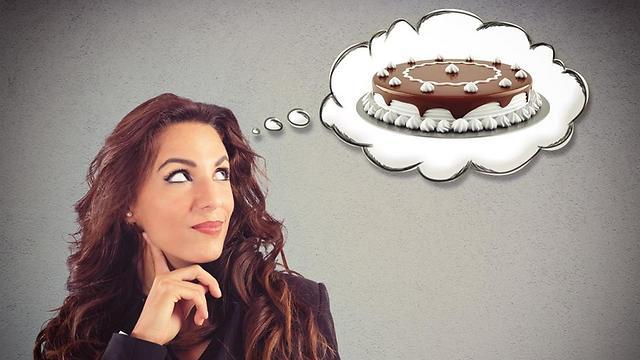 לא יכולים לעצור את הסחף. הפרעת אכילה (צילום: shutterstock) (צילום: shutterstock)