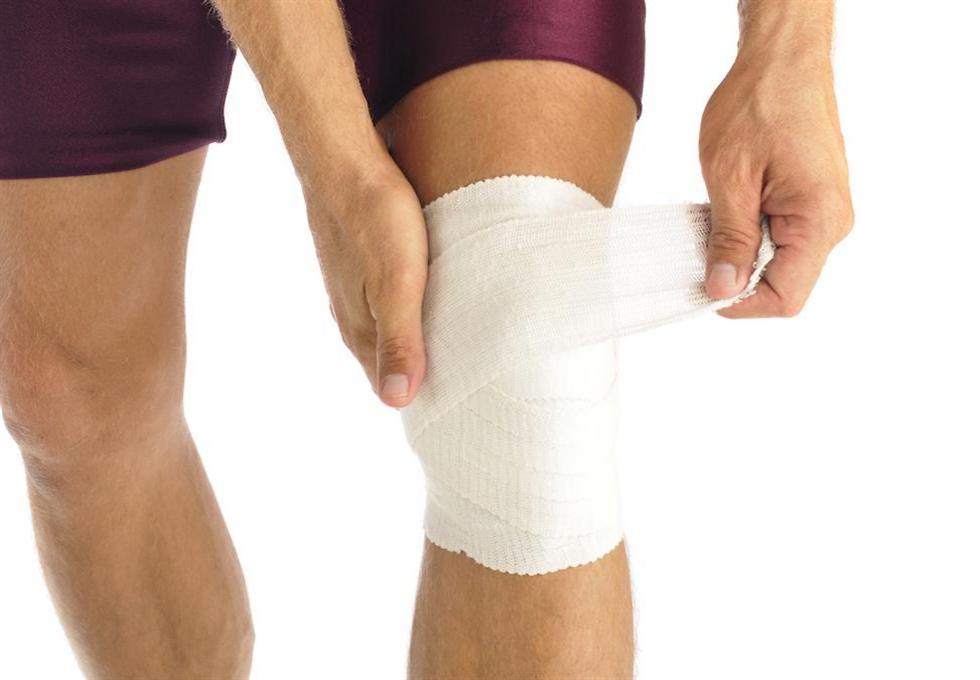 אחת מפציעות הספורט הנפוצות. קרע ברצועה הקדמית של הברך ()