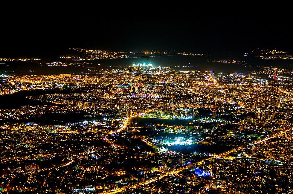 לא רק בבורגס: חיי הלילה בסופיה תוססים ומעוררים עניין רב בקרב מבקריה (צילום: iStock) (צילום: iStock)