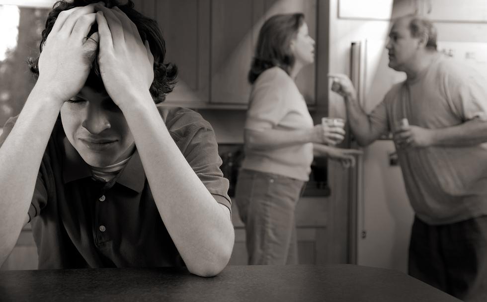 אל תהפכו את הילדים שלכם לכלי במריבות שלכם (צילום: Shutterstock)