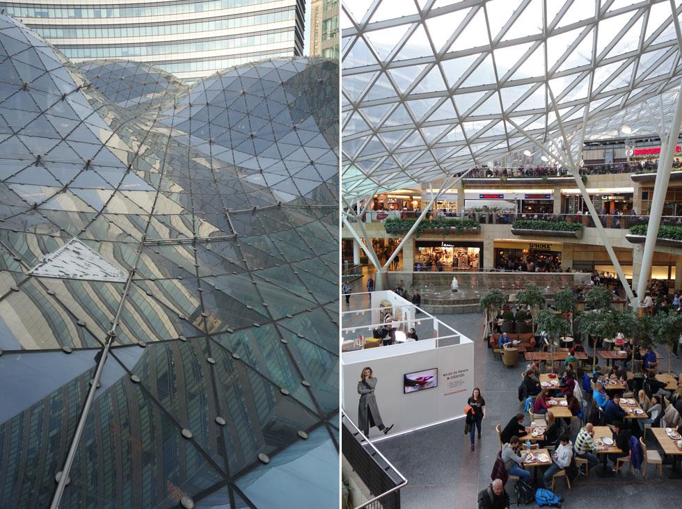 מימין: אזורי הקניות והבילוי בקניון. משמאל: מבט מבחוץ על תקרת הזכוכית הגלית והמרהיבה (צילום: מיכאל יעקובסון)