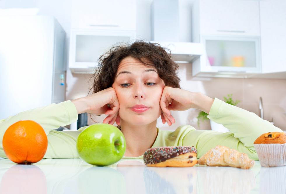 מחקרים חדשים הראו שצריכה מוגברת של פירות אינה מובילה לעלייה במשקל, וחלקם אף מצביעים דווקא על קשר חיובי בין צריכת פירות ובין ירידה במשקל (צילום: Shutterstock)